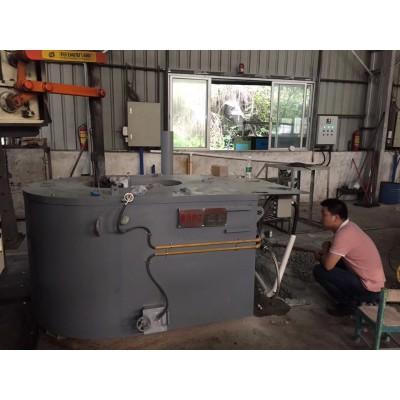 湖北铝合金熔炉厂家/湖南压铸熔炉报价厂家/湖北天然气熔铝