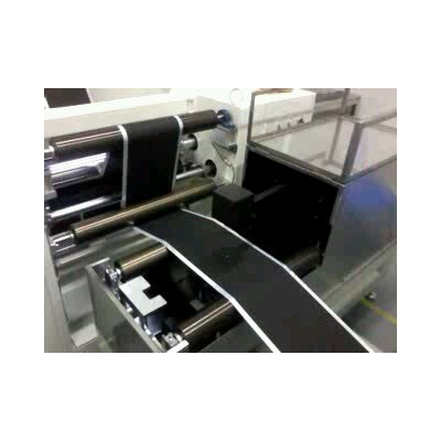 非接触高精度石墨烯电池极片激光在线测厚仪